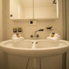 Отель Spengler Hostel Швейцария, Давос - отзывы, цены и фото номеров - забронировать отель Spengler Hostel онлайн ванная