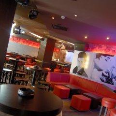 Lion Hotel гостиничный бар