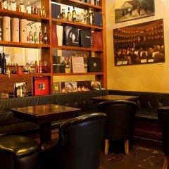 Отель Locanda Pandenus Brera Италия, Милан - отзывы, цены и фото номеров - забронировать отель Locanda Pandenus Brera онлайн гостиничный бар фото 2