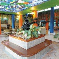 Отель Sunbeach интерьер отеля