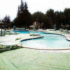 Hotel Don Bigote бассейн