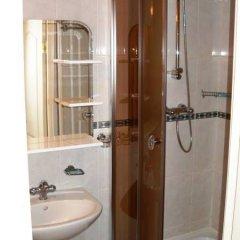 Гостиница Подворье в Брянске отзывы, цены и фото номеров - забронировать гостиницу Подворье онлайн Брянск ванная