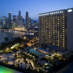 Отель Mandarin Oriental, Singapore вид на фасад