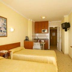 Отель Apartamentos Stella Maris Испания, Фуэнхирола - 1 отзыв об отеле, цены и фото номеров - забронировать отель Apartamentos Stella Maris онлайн комната для гостей фото 9