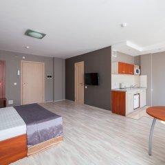 Гостиница Комплекс апартаментов Комфорт Улучшенная студия с различными типами кроватей фото 3