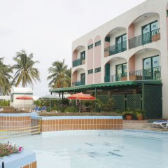 Отель Islazul Los Delfines бассейн