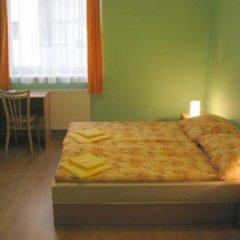 Отель Hostel Altis Чехия, Прага - отзывы, цены и фото номеров - забронировать отель Hostel Altis онлайн комната для гостей фото 3