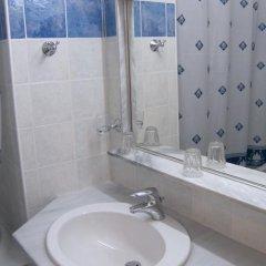Alexandros Hotel ванная