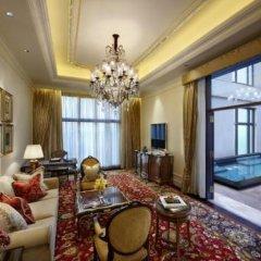 Отель The Leela Palace New Delhi 5* Люкс Royal