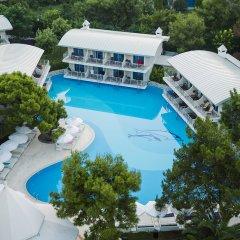 Отель Titanic Beach Lara - All Inclusive бассейн