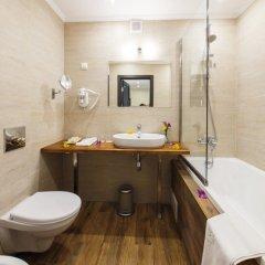 Гостиница Голубая Лагуна Улучшенный номер разные типы кроватей фото 15