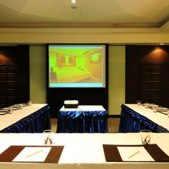 Отель Pantip Suites Sathorn Таиланд, Бангкок - 1 отзыв об отеле, цены и фото номеров - забронировать отель Pantip Suites Sathorn онлайн помещение для мероприятий фото 3