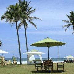 Avenra Beach Hotel пляж