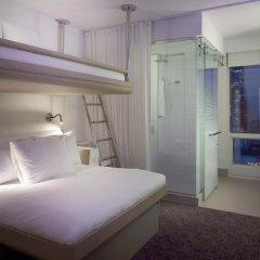 Отель Yotel New York at Times Square 3* Улучшенный номер с различными типами кроватей фото 2