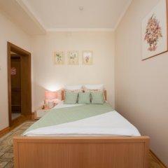 Гостиница ПолиАрт Стандартный номер с двуспальной кроватью фото 12