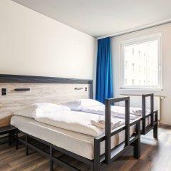 Отель a&o Berlin Hauptbahnhof Германия, Берлин - 12 отзывов об отеле, цены и фото номеров - забронировать отель a&o Berlin Hauptbahnhof онлайн комната для гостей фото 2