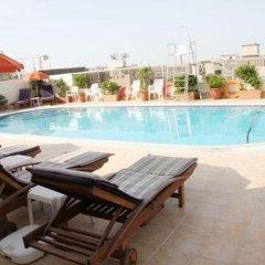 Отель Ramee Hotel Apartments ОАЭ, Дубай - отзывы, цены и фото номеров - забронировать отель Ramee Hotel Apartments онлайн бассейн фото 2