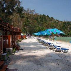 Отель Patong Bay Hut пляж фото 4
