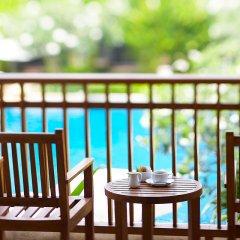 Отель Naithonburi Beach Resort Phuket 4* Улучшенный номер с различными типами кроватей фото 6