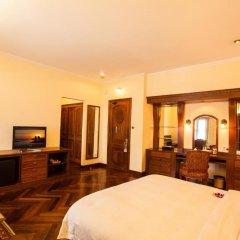Hotel Majestic Saigon 4* Номер Делюкс с различными типами кроватей фото 4