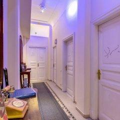 C. Luxury Palace & Hostel интерьер отеля