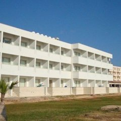 Piere - Anne Beach Hotel вид на фасад фото 2