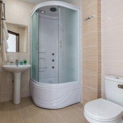 Гостиница Анатоль в Сочи 3 отзыва об отеле, цены и фото номеров - забронировать гостиницу Анатоль онлайн ванная