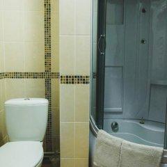 Гостиница House City в Барнауле 1 отзыв об отеле, цены и фото номеров - забронировать гостиницу House City онлайн Барнаул ванная фото 2