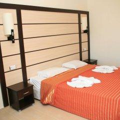 Hotel Tia Maria сейф в номере