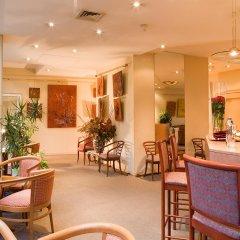 Отель Hôtel Abrial Париж гостиничный бар