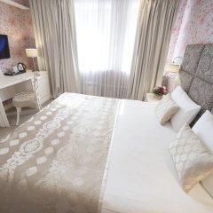 Гостиница Де Пари 4* Улучшенный номер с различными типами кроватей фото 6