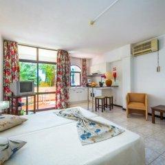 Отель Monica Isabel Beach Club 3* Улучшенная студия с двуспальной кроватью