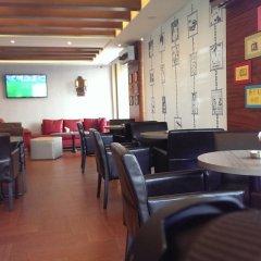 Caesars Park Hotel Beirut гостиничный бар фото 3
