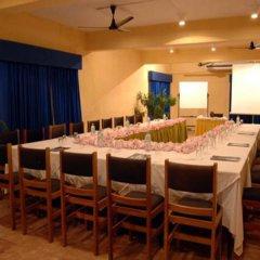Отель Miridiya Lake Resort Шри-Ланка, Анурадхапура - отзывы, цены и фото номеров - забронировать отель Miridiya Lake Resort онлайн помещение для мероприятий