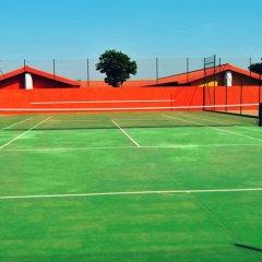 Viana Hotel спортивное сооружение