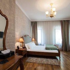 Гостиница Времена Года 4* Улучшенный номер с двуспальной кроватью фото 2
