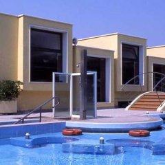 Отель Magnolia Wellness & Thermae Hotel Италия, Абано-Терме - отзывы, цены и фото номеров - забронировать отель Magnolia Wellness & Thermae Hotel онлайн бассейн фото 3
