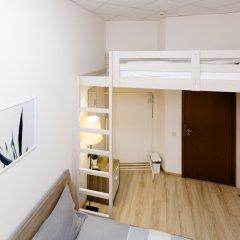 и Хостел Centeral Hotel & Hostel Стандартный номер с двуспальной кроватью (общая ванная комната) фото 3