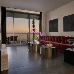 Отель Vidamar Resort Madeira - Half Board Only 5* Люкс Премиум с различными типами кроватей фото 2