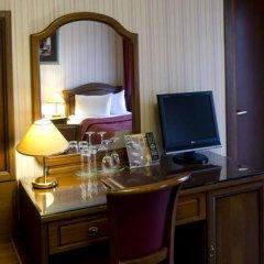 Ambassadori Hotel Tbilisi удобства в номере фото 2
