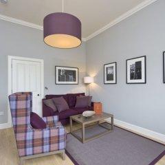 Апартаменты Destiny Scotland - George IV Apartments комната для гостей фото 15