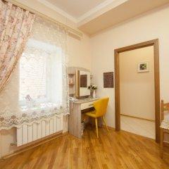 Гостиница ПолиАрт Стандартный номер с двуспальной кроватью фото 20