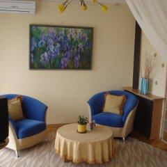 Арт-Отель Украина комната для гостей фото 3