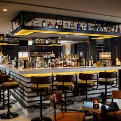 Отель Hilton Vienna Plaza Вена гостиничный бар фото 2