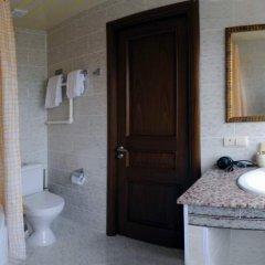Гостиница Оренбург в Оренбурге отзывы, цены и фото номеров - забронировать гостиницу Оренбург онлайн ванная фото 6