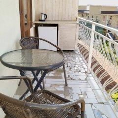 Мини-отель Банановый рай Улучшенный номер с разными типами кроватей фото 4