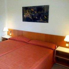 Отель AS Hoteles Porta Catalana Агульяна комната для гостей