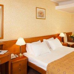 Гостиница Космос 3* Люкс Гранд представительский с двуспальной кроватью