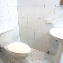 Отель Fuente Oro Business Suites ванная фото 2