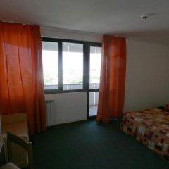 Отель POMORIE Солнечный берег комната для гостей фото 4